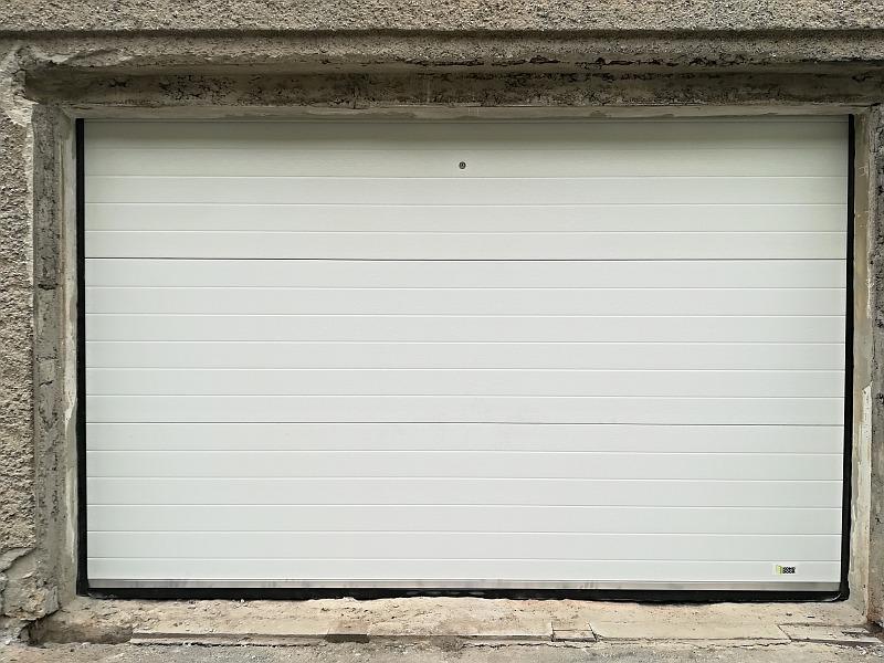 Sekčná garážová brána rekonštrukcia Hronská Dúbrava