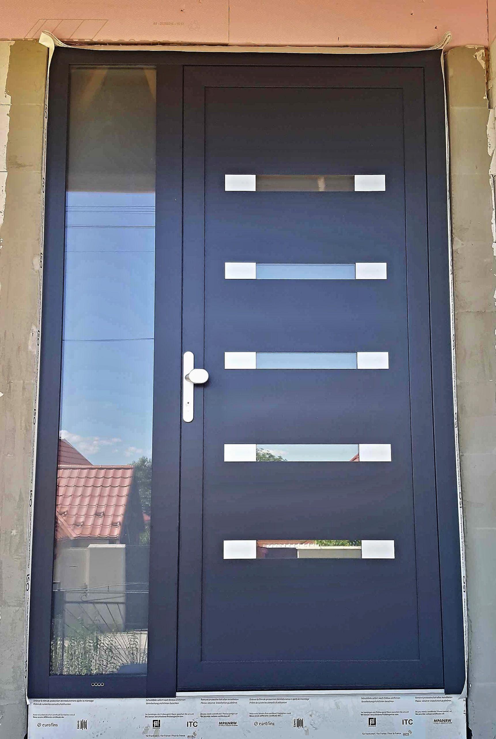 Hliníkové vchodové dvere novostavba Lovčica - Trubín